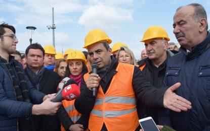 """CHP'den yarım bırakılan T2 hattında inceleme ve AKP'ye sert eleştiri  """"133 MİLYON LİRA BURADA ÇÜRÜYOR"""""""