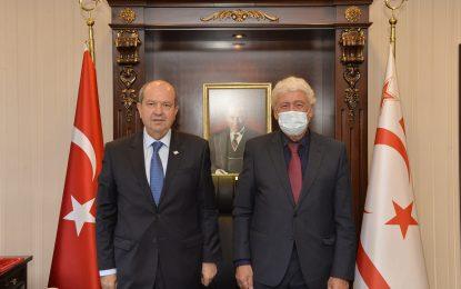 KKTC Cumhurbaşkanı Sayın Ersin Tatar, KİÜ Dekanı Prof. Dr. Ata Atun'u kabul etti